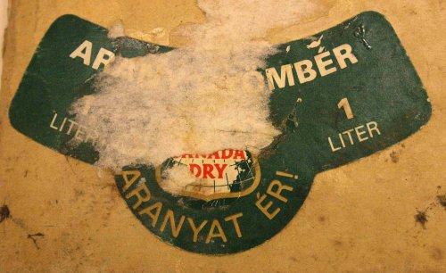 Canada Dry üdítő címke