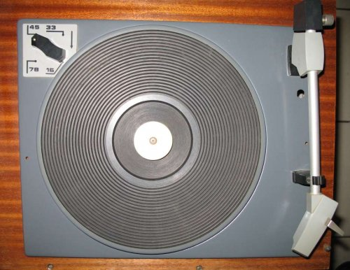 Tesla HC-11 lemezjátsó sasszi