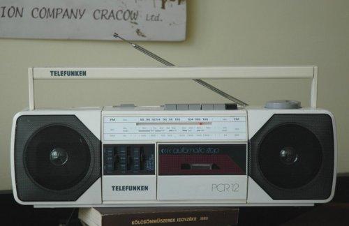 Telefunken PCR-12 típusú rádiósmagnó
