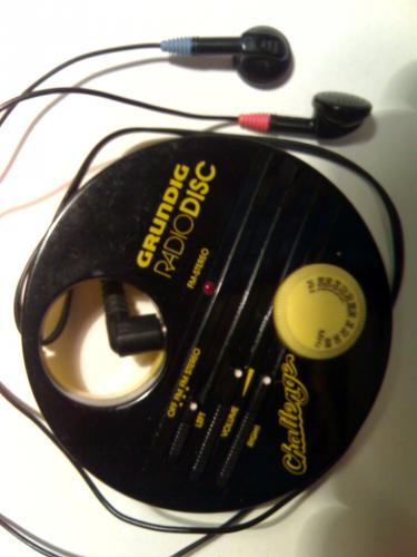 Grundig fülhallgatós sztereó rádió