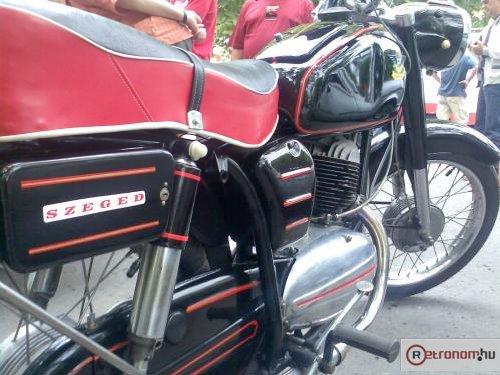 Pannonia motorkerékpár Szeged