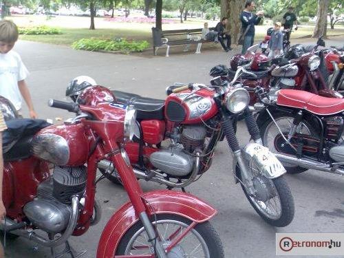 Jawa Pannonia motorkerékpárok