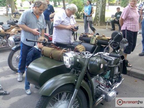 Katonai motor