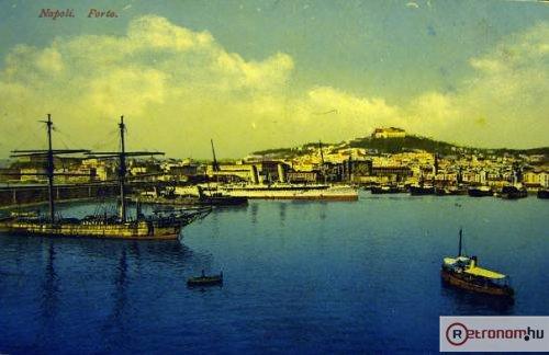 Nápoly kikötő