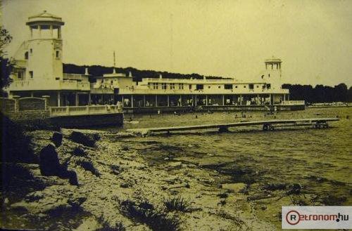 Pola kikötő