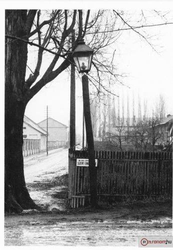 Utcai petróleum lámpa