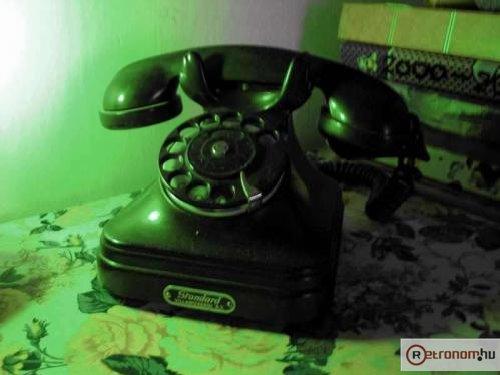CB35 tárcsás telefon