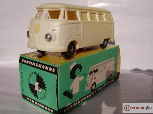 Lemezárúgyári Volkswagen mikrobusz