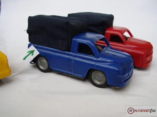 Lemezárúgyári teherautók