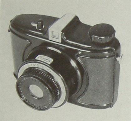 MOM Fotogamma fényképezőgép