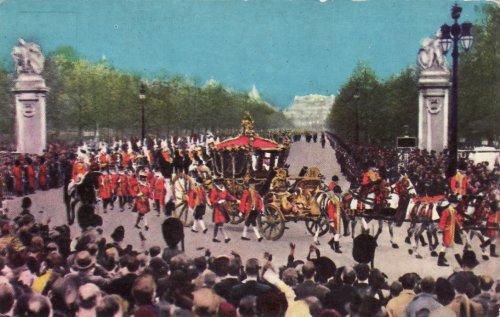 II. Erzsébet brit királynő koronázási ceremóniája