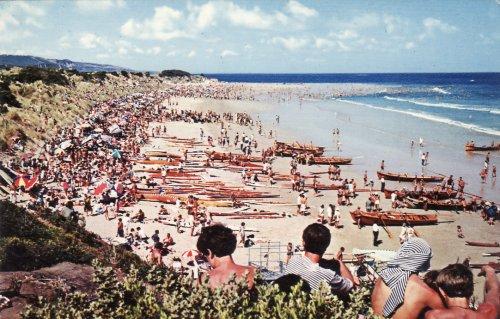 Mesterszörfösök karneválja Ausztráliában