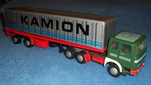 Lemezárugyári Rába kamion