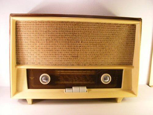 Videoton rádió - B 037 F  4a15d629ce