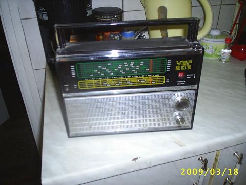 Táskarádió VEF 206