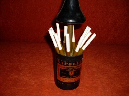 Cigaretta kináló