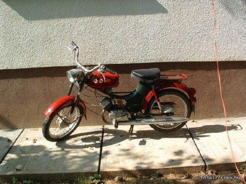 Riga motorkerákpár