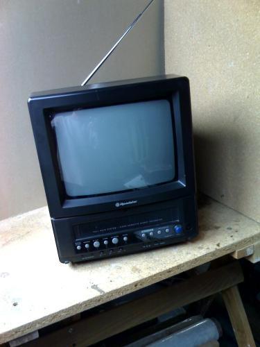 Roadstar televízió videóval egybeépítve