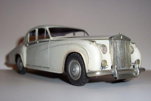 Autó modellek 1890-1970 között ( Rolls-Roys 1950 )