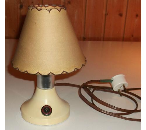Asztali lámpa - Vas- Fémipari KTSZ. Szarvas