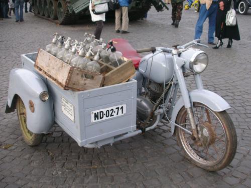 Pannonia motorkerékpár szódás