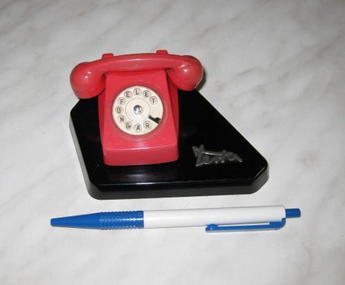 Terta Telefongyár asztaldísz