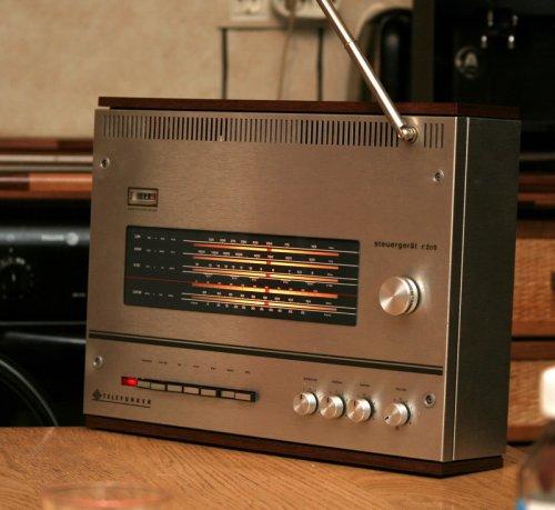 Telefunken R205 rádióerősítő