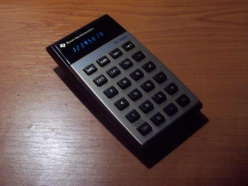 Számológép Texas Instruments TI-1025