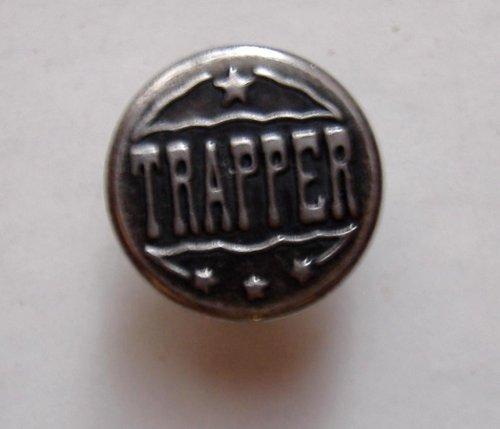 Trapper farmer gomb