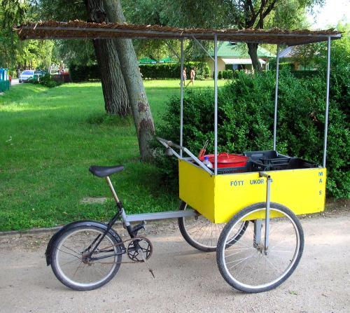 Balaton főttkukoricás tricikli