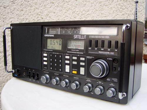 Grundig Satellit 650