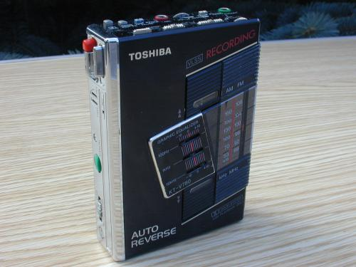 Toshiba Walkman , KT-V780