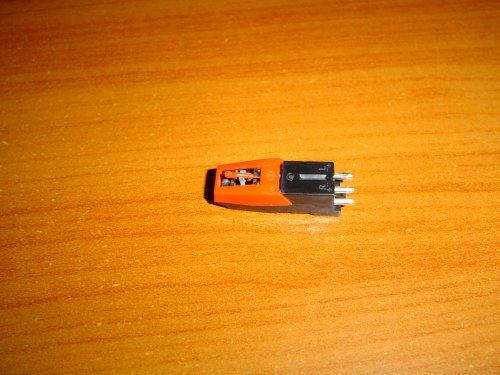 DSC00257_Komplett_Japan_lemezjatszo_fej.JPG
