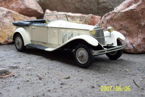 Autó modellek 1890-1970 között ( Mercedes-Benz 1927 )