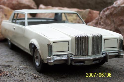 Autó modellek 1890-1970 között ( Lincoln Continental Mark 1968 )