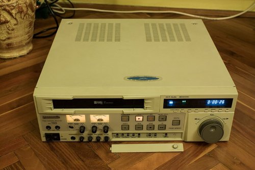 Panasonic AG-7355 S-VHS Recorder