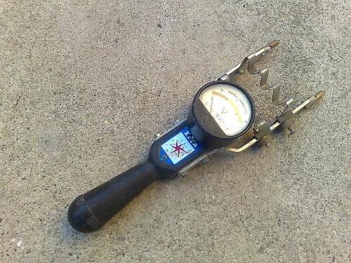 akkumulátor ellenőrző