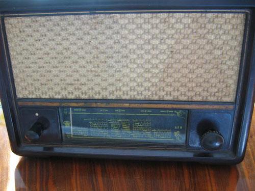 Orion 217B telepes rádió