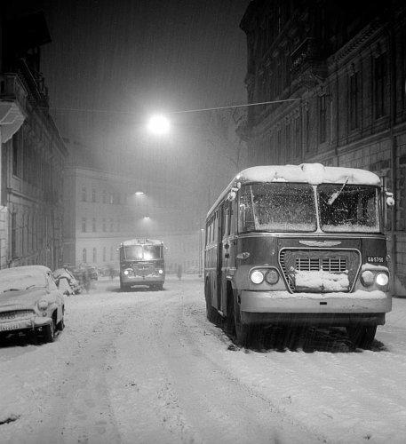 Ikarusz buszok