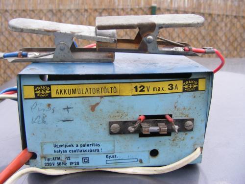 Akkumulátortöltő kidobás előtt