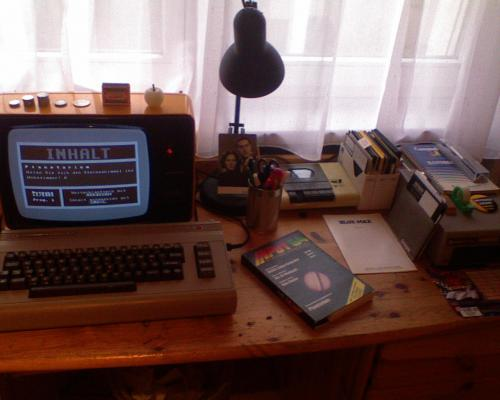 """Commodore 64 """"system"""""""