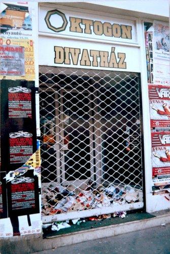 Oktogon Divatház