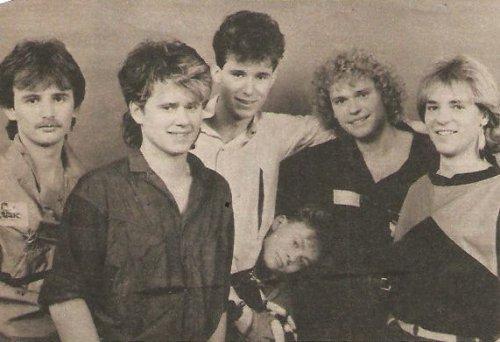 Első Emelet együttes