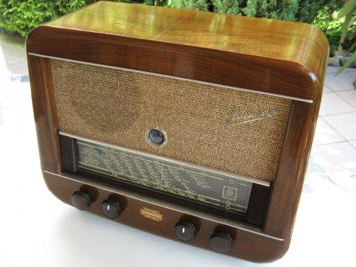 Hornyphon Prinzess W542A csöves rádió