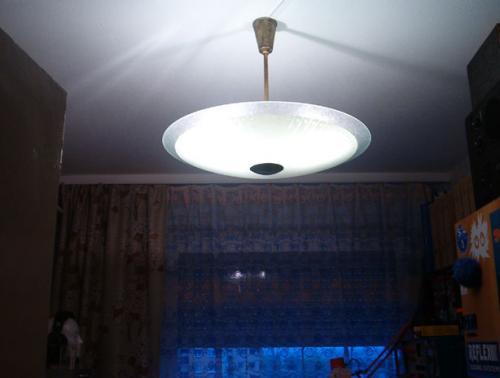 UFO mennyezeti lámpa