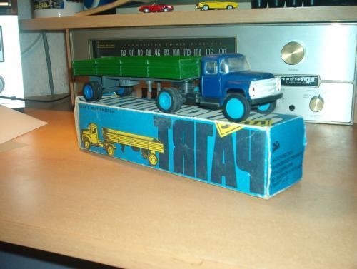 ZIL teherautó - műanyag játék