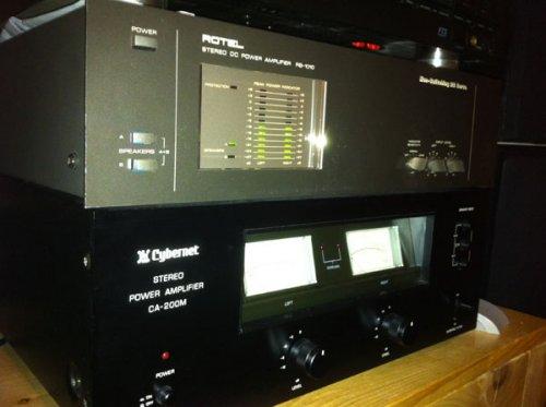 Rotel RB 1010 és Cybernet CA-200-M végfokok