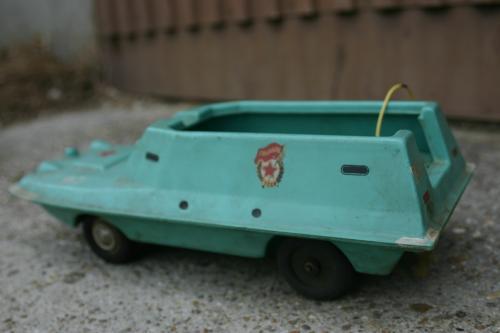 Kétéltű jármű