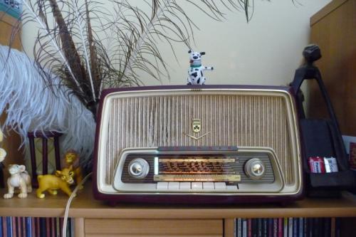 Grundig Typ:97 kis csöves rádió