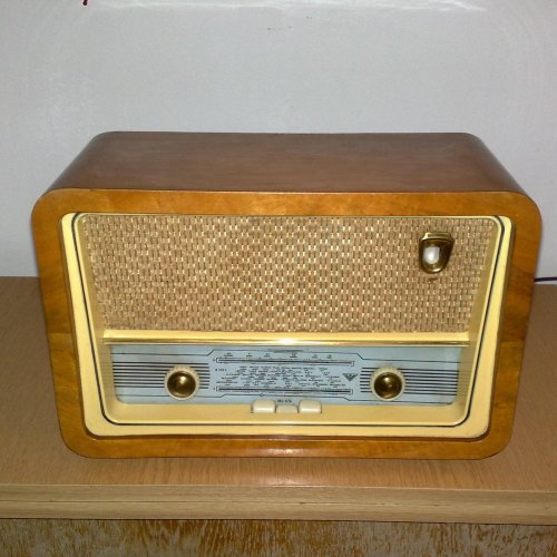 VT r999f rádió